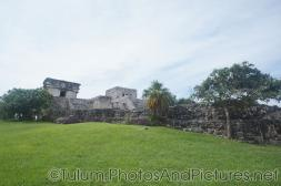 Intact wall and temple at Tulum Ruins.jpg