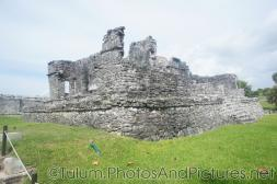 Large ruin of the Tulum Ruins.jpg