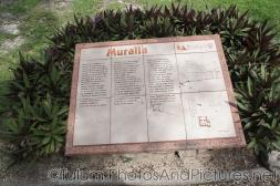 Muralla plaque at Tulum Ruins.jpg