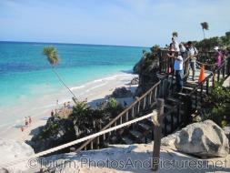 Tulum official calling for people at the beach to return.jpg